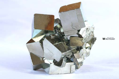 o-pyrite-clusterAAAAA-6