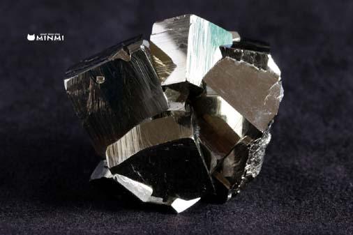 o-pyrite-clusterAAAAA131